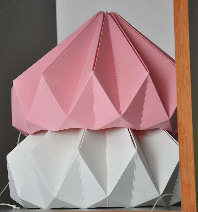 640_rm-cachette-paper-lamp-pink-and-white2