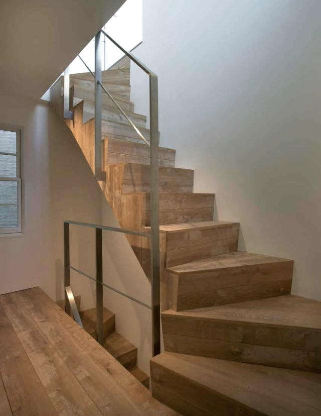 640_rm-staircase