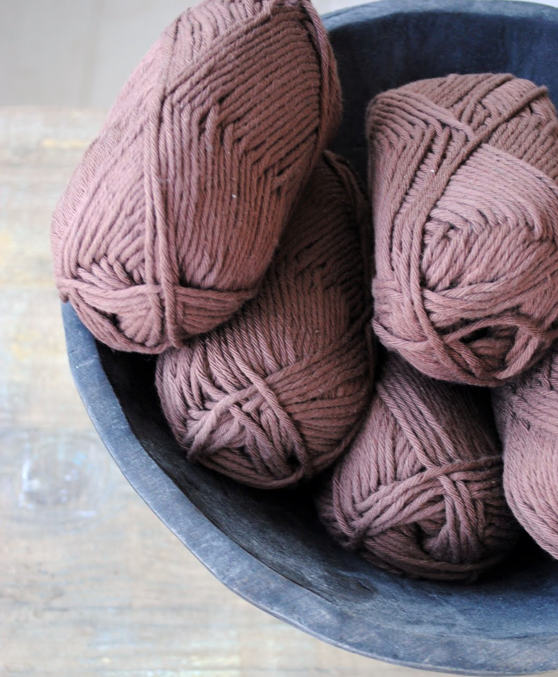 chocolate-brown-yarn