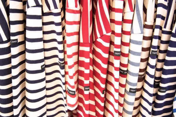 saint-james-striped-shirt-hangers