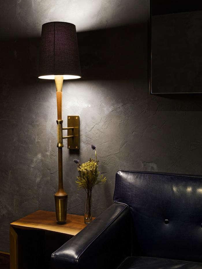 700_atera-leather-sofa