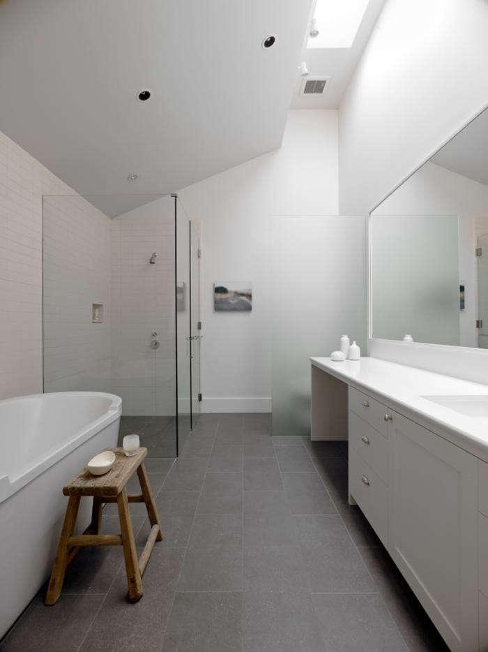 700_bathroom-skylights-03-jpeg