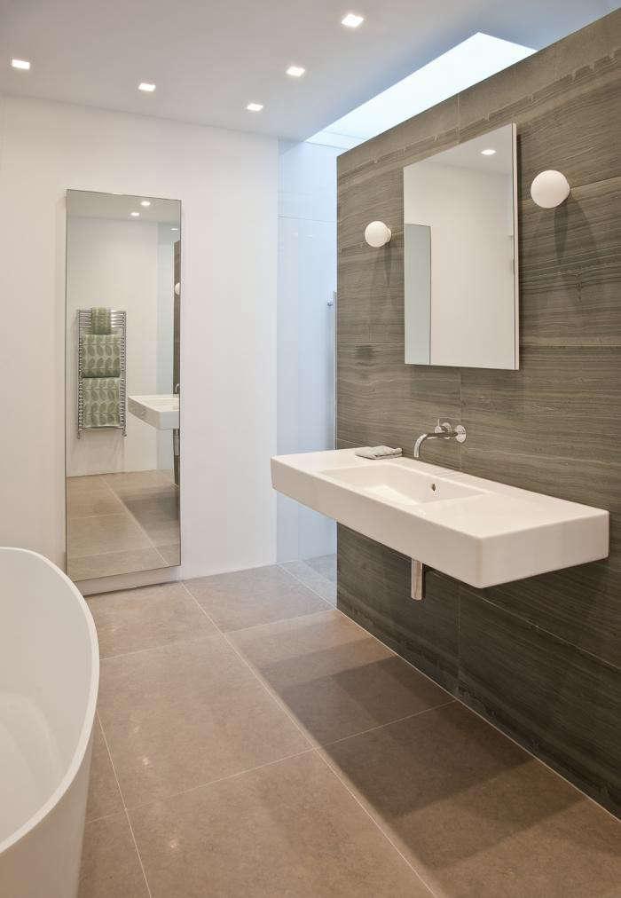 700_bathroom-skylights-04-jpeg