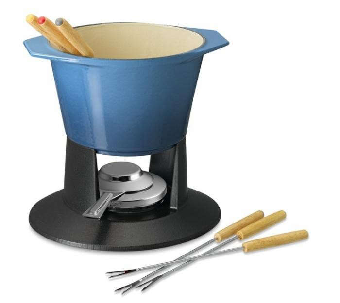 700_blue-fondue-pot