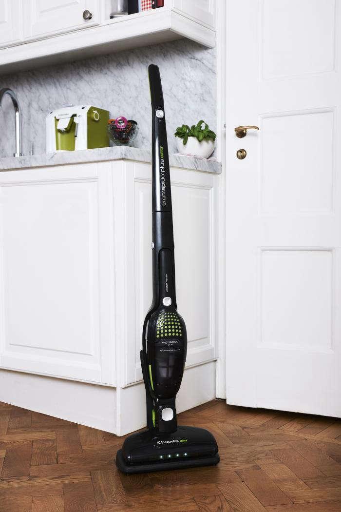 700_electrolux-ergorapido-green-kitchen