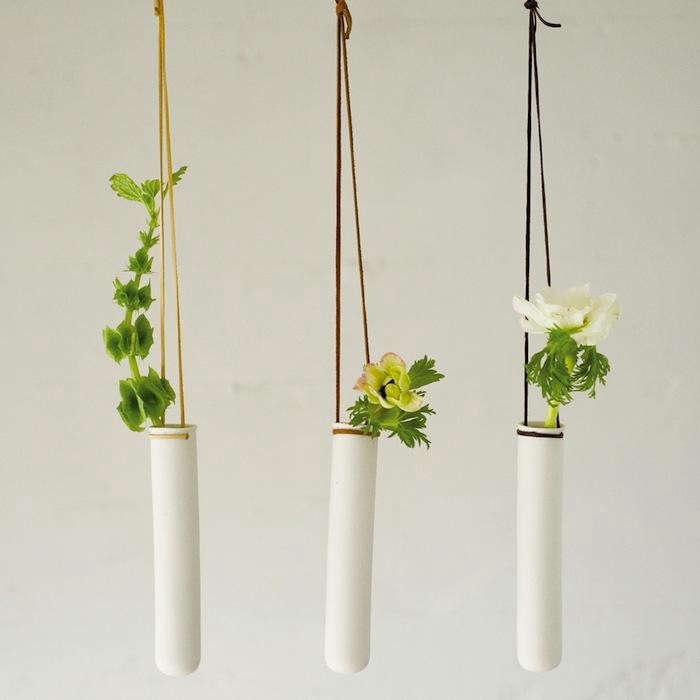 700_hanging-test-tube-vase