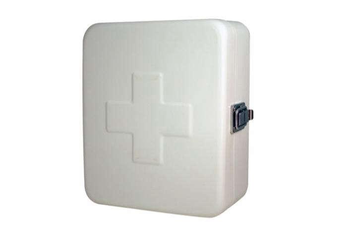 700_kikkerland-empty-first-aid-box