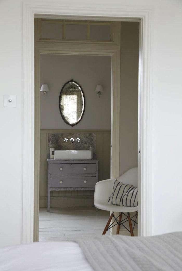 700_lambeth-bedroom-sink