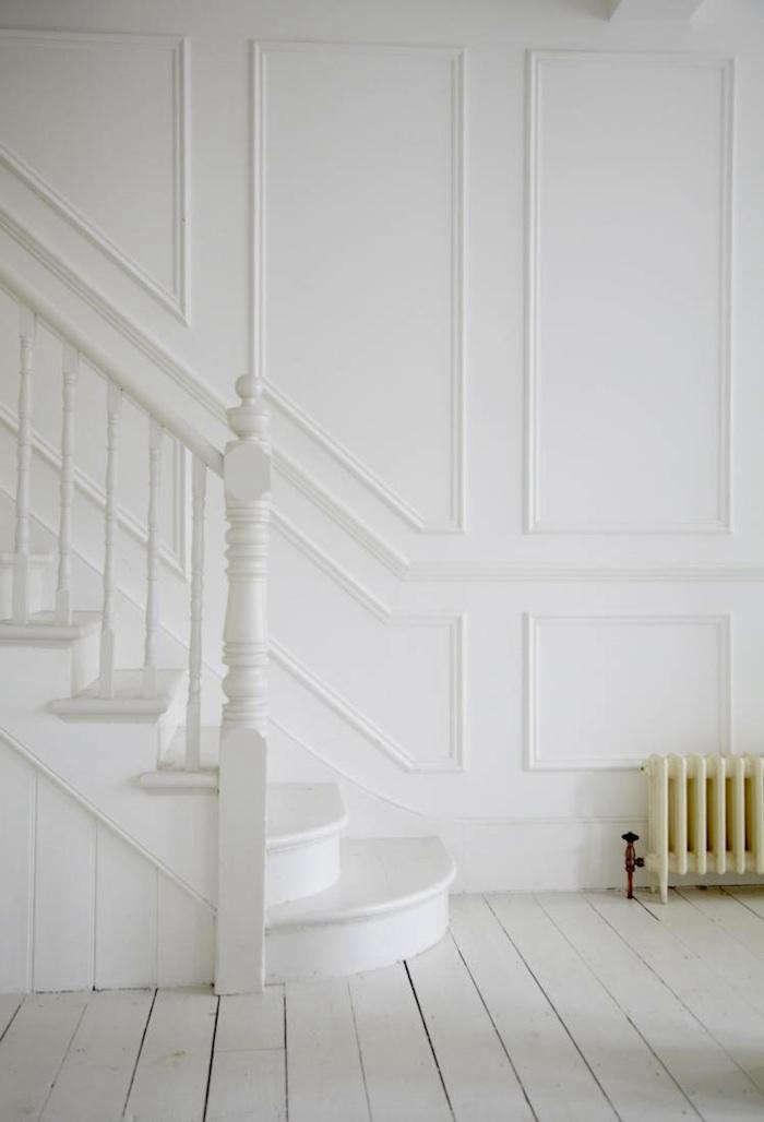 700_lambeth-white-hallway-raidiator