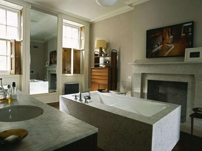 700_made-llc-marble-bath-in-new-york-city-townhouse