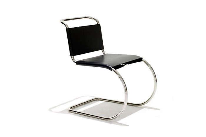 700_mies-van-der-rohe-black-chair