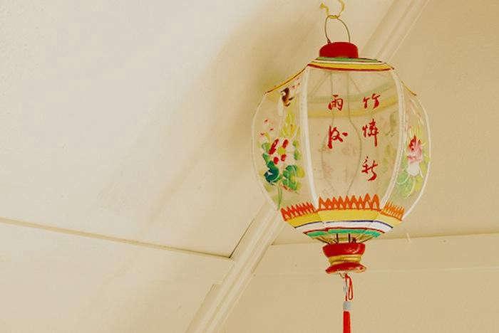 700_paper-day-studio-lanterns-1