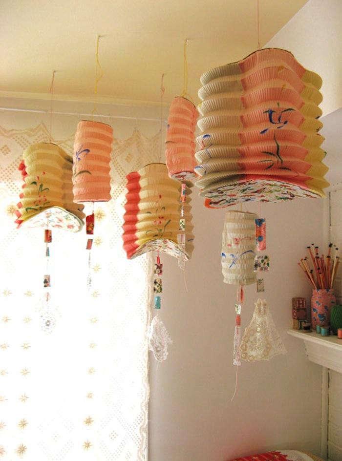 700_pink-yellow-lanterns
