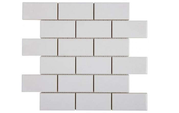 700_waterworks-staggered-white-tile