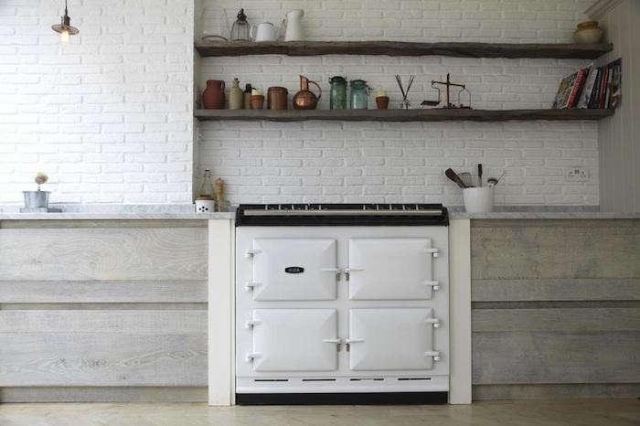 700_white-brick-kitchen-backsplash-2