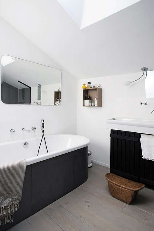 black-tub-exterior-2