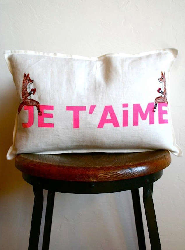 bon-boutique-pillow