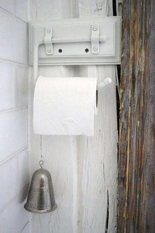 julia-dreams-bathroom-sweden
