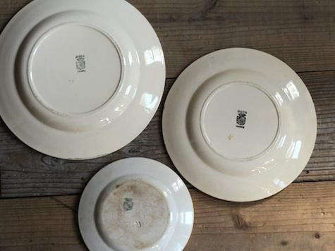 plates-back