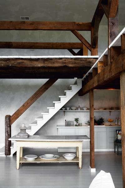 skona-hem-white-ladder