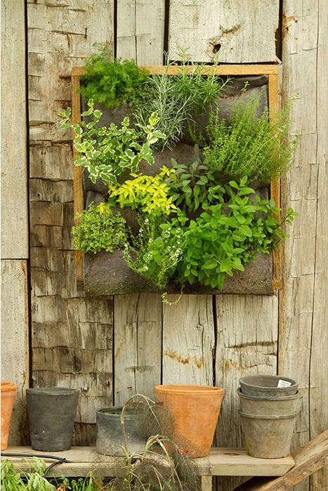 terrain-vertical-planter-pots