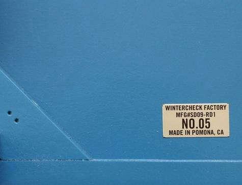 wintercheck-blue-desk-1