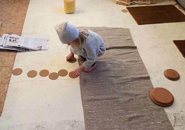 640_little-girl-kids-case-pottery