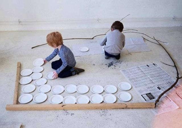 640_little-kids-kids-case-kids-floor
