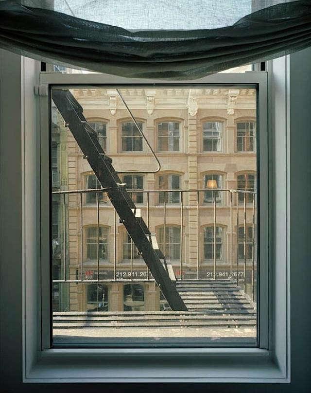 640_m-raffone-window