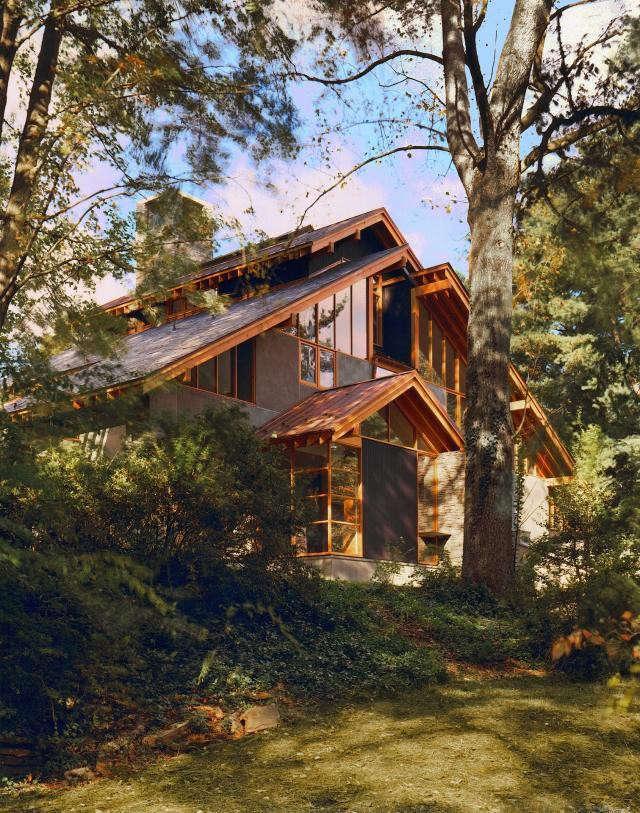 640_rm-mclean-house-exterior