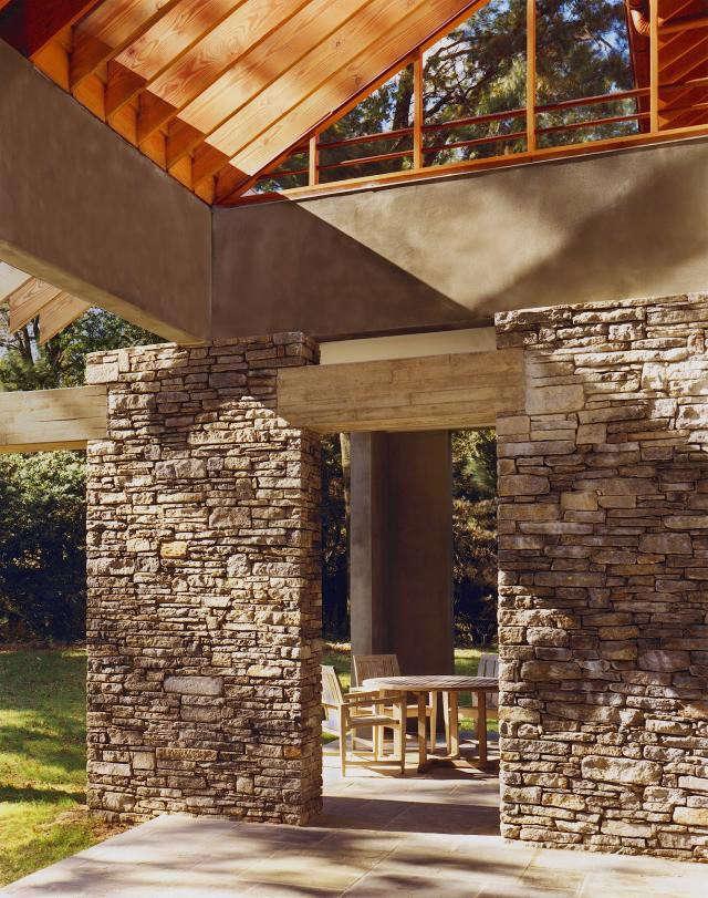 640_rm-mclean-house-kitchen-terrace