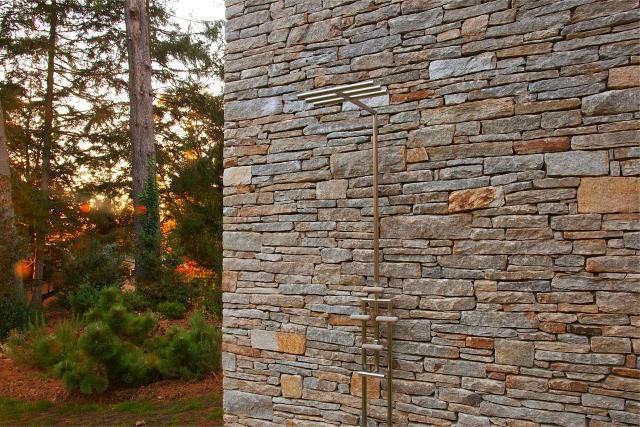 640_rm-mclean-house-outdoor-shower