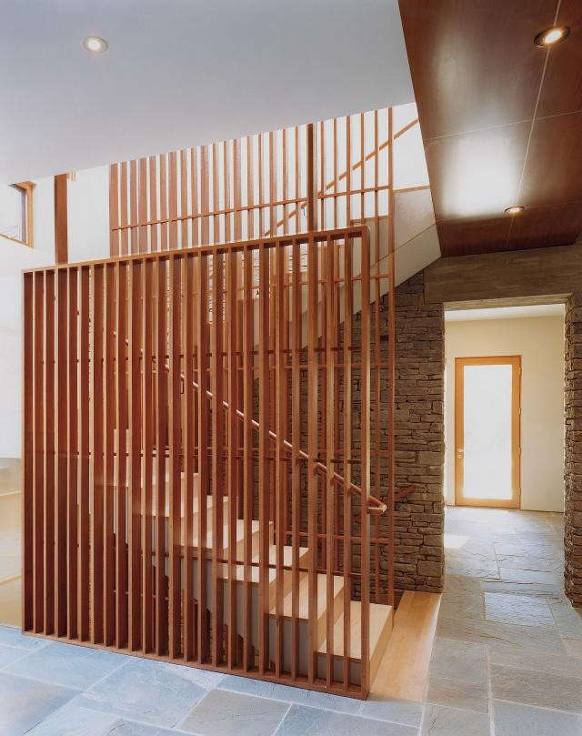 640_rm-mclean-house-stairs