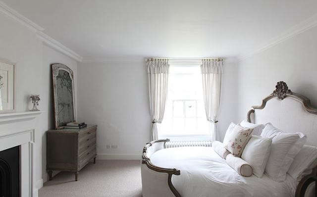 640_sussex-bedroom-white-bed-antique