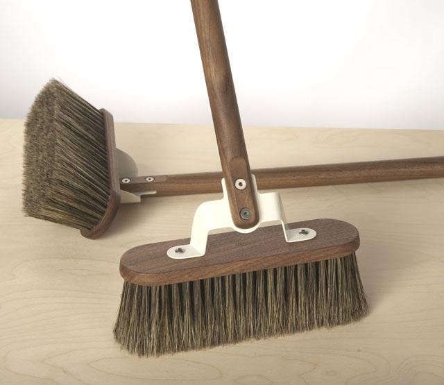 640_th-broom