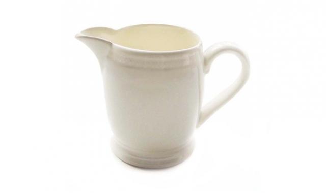 640_white-milk-jug