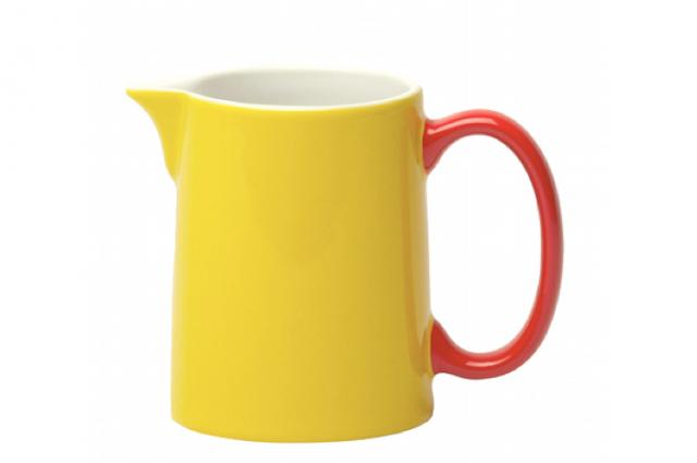 640_yellow-milk-jug