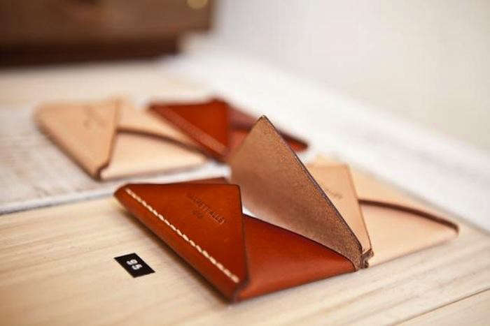 700_700-joinery-wallets