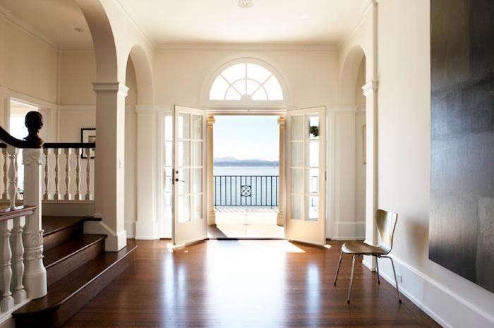 700_belvedere-hallway-10