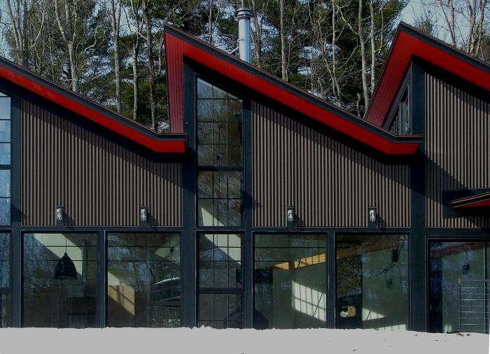 700_burr-mccallum-red-house-exterior