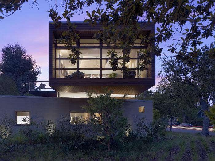 700_ccs-cowper-st-exterior-night-cube2