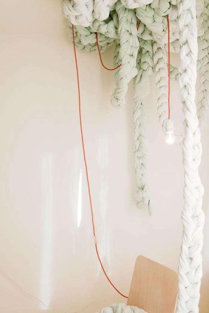 700_exchange-yarn-hangings