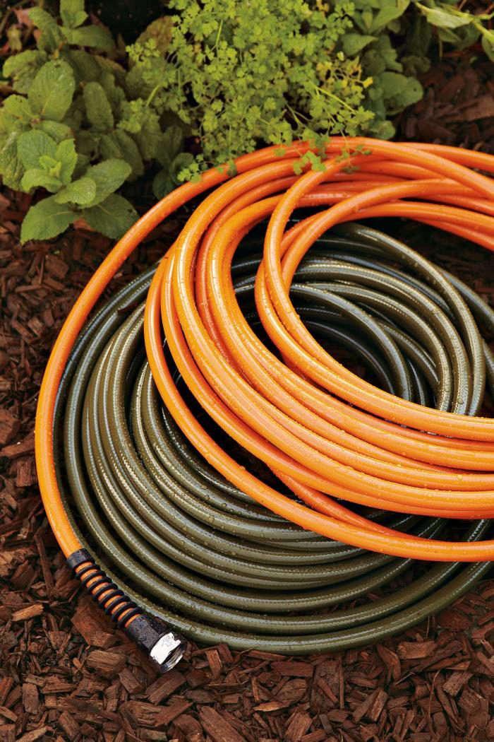 700_orange-hose