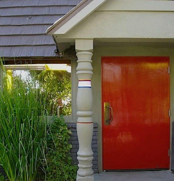 a-frame-red-door-ihop