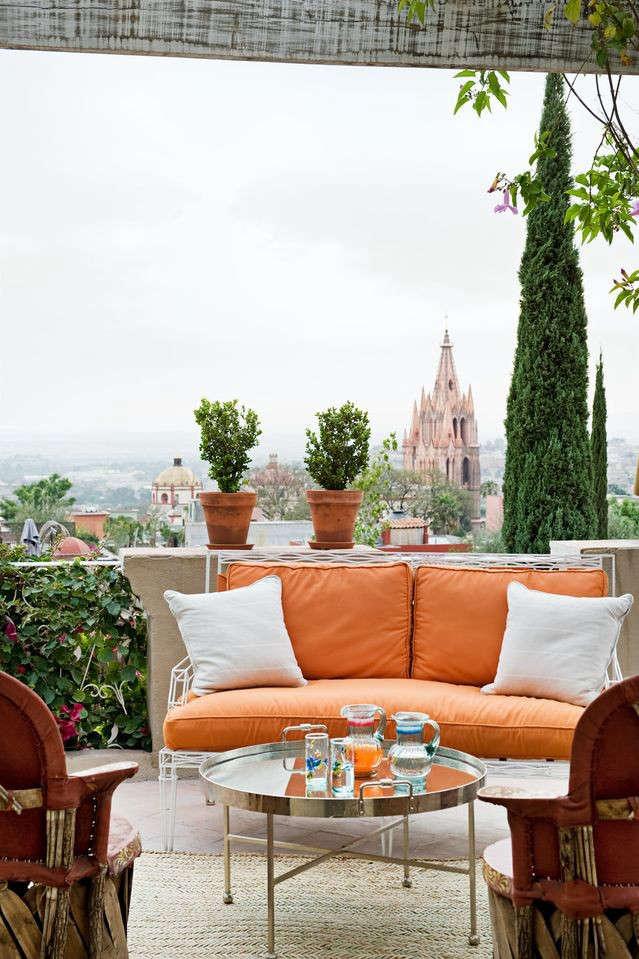 casamidy-orange-sofa