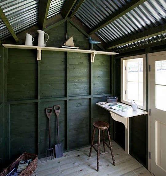 green-english-shed
