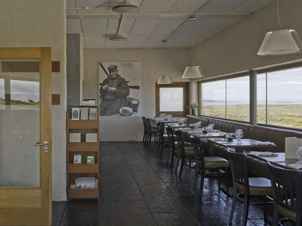 inis-meain-restaurant-interior