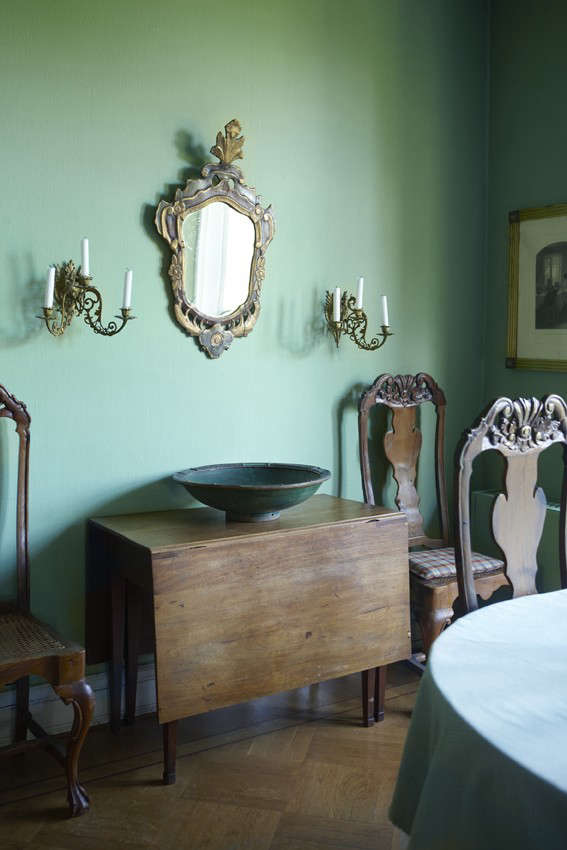 klm-design-a-small-castle-in-holt-dining-room