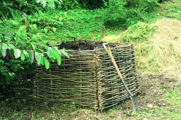 wicker-compost