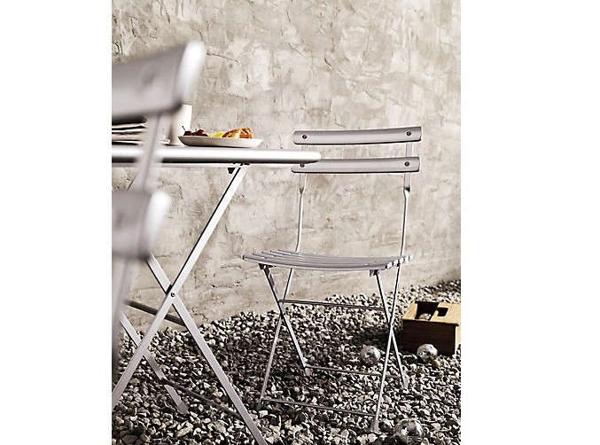 10-easy-pieces-bistro-table-and-chairs-for-two